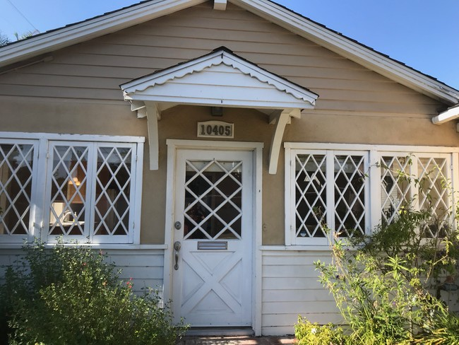 10405 Otsego St.,North Hollywood, Rental Review